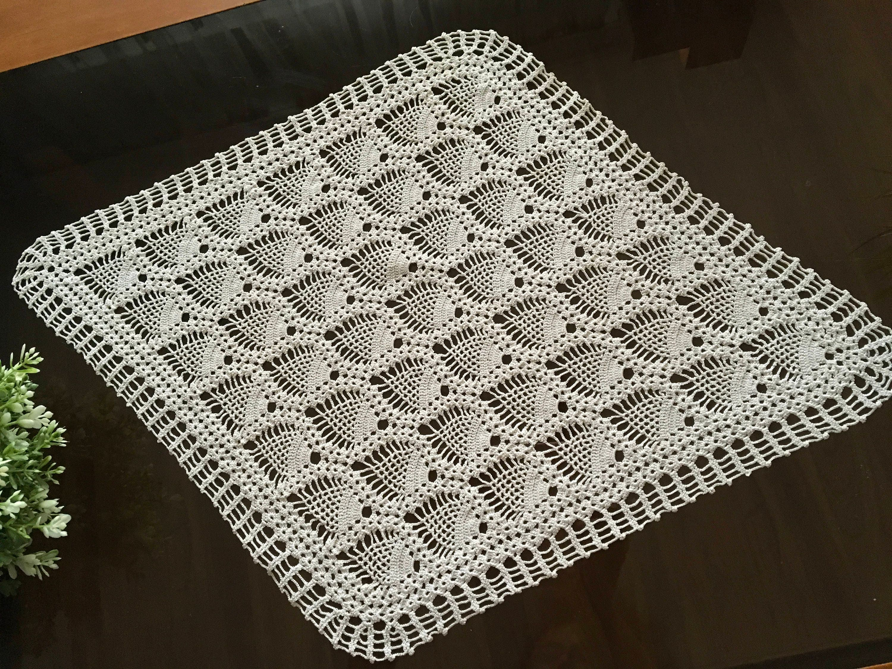 Delicate Vintage Doily Crochet Handmade Small Lace Tablecloth Topper ...