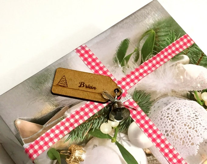 Christmas Gift Tags Personalized Wood Name Tags Christmas Gift Wrap Rustic Place Cards Custom Name Tags Engraved Custom names Wooden Shapes