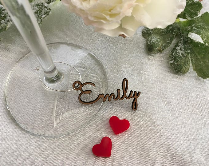 Personalized Wine Glass Charm Custom Name Gift Tags Wedding Sign Place Cards Wooden Place Name Setting Small Laser Cut Table Names with Hole