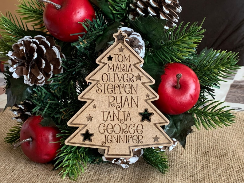 Personalized Wooden Family Christmas Tree Custom 2020 Engraved Hanging Ornament Family Names Holiday Gift Wood Xmas Tree Kids Names New Year