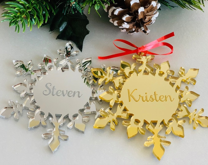 Personalized Engraved Mirror Acrylic Snowflake Wedding Favor Hanging Name Ornament Christmas Crystal Shape Custom Xmas Tree Decorations 2021