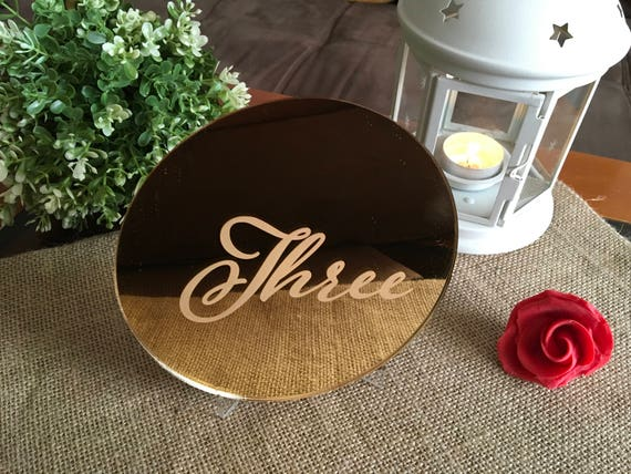 Engraved wedding table numbers Script etched Cursive number Reception Gold mirror acrylic number Circle Number Signs Centerpiece Calligraphy