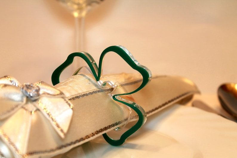 Green Napkin Ring Holders Shamrocks Ornament Irish Wedding image 0