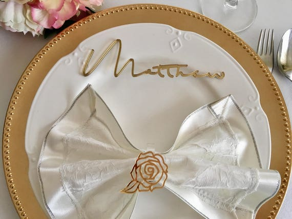 Personalized laser cut names Custom guests place cards Calligraphy Wedding place settings Shopping script font Cursive signature handwriting