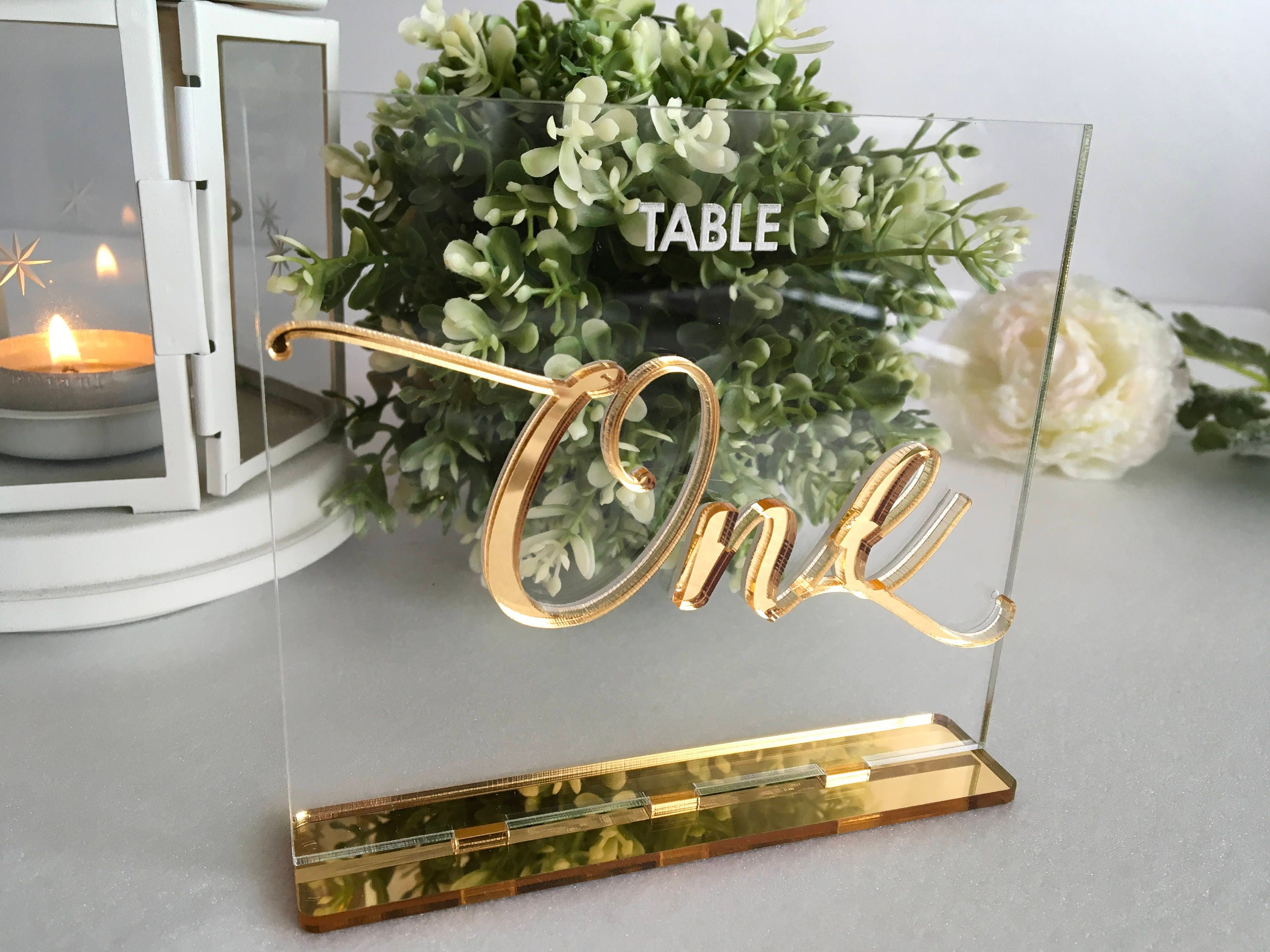Wedding Table Numbers Calligraphy Gold Mirror Clear Acrylic Signs Modern Centerpieces Luxury Decorations Number Holders Engraved Tag