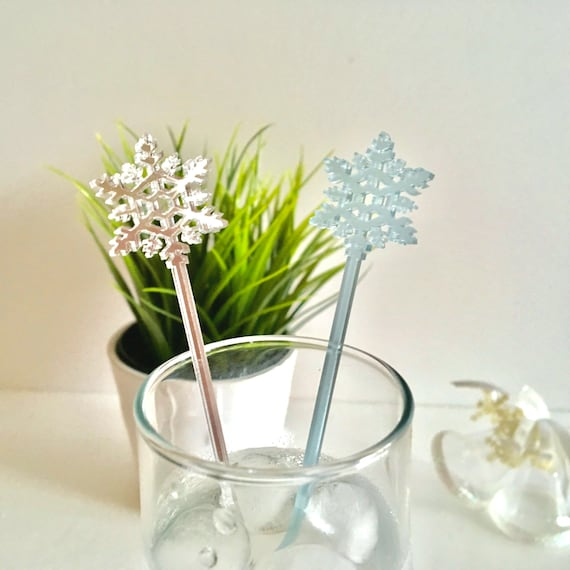 Snowflake Swizzle Sticks White Snow Flake Frosted blue Centerpiece sticks Christmas Party picks Wedding Drink Stirrers Cocktail Stirrers