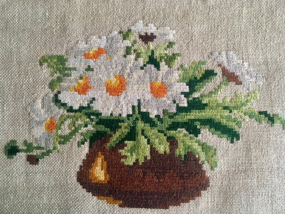 Original Wiehler Handmade Small Gobelin Tapestry Marguerites Daisy Flowers DMC Embroidery Vintage Hand Embroidered Needlepoint Unframed