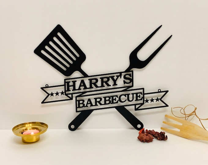 Personalized BBQ Grill Name Sign Custom Metal Wall Art Barbecue Outdoor Dad's BBQ Home Decor Housewarming Gift for Father, Papa Wall Hanging