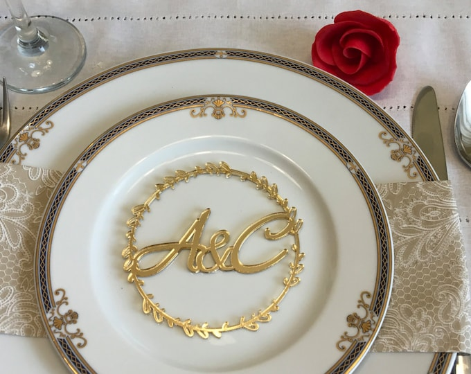 Custom wedding initials Personalized monogram letters Laser cut initials Place cards Laurel wreath Wedding table round signs Place settings