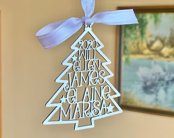 Personalized 2021 Christmas Tree Ornaments Custom Family Names Laser Cut Holiday Gift Happy New Year 2022 Xmas Silver Hanging Tag Kids Names