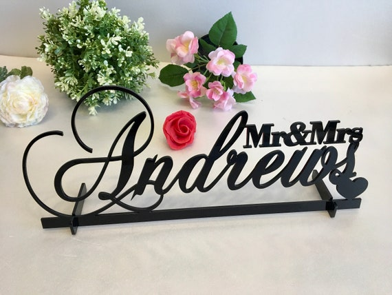 Mr and Mrs Wedding Table Sign & Heart Personalized Last Name Wedding Centerpieces Surname Sweetheart Table Reception Decor Gold Mirror Wood