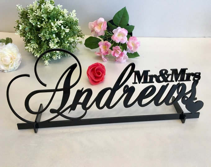 Mr and Mrs Wedding Table Sign & Heart Personalized Last Name Wedding Centerpieces Surname Sweetheart Table Reception Decor Gold Wooden Metal