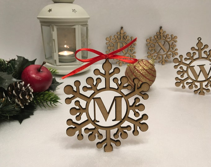 Personalized Wood Snowflake Letter Monogram Initials Xmas Ornaments Christmas Hanging Tree Decorations Laser Cut Custom Holiday Family Gifts