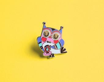 Enamel pin 'Owl with teacup' - Hard enamel pin (blue edition)