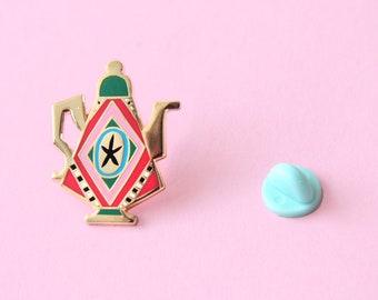 Teapot pin - Hard enamel pin (green edition)