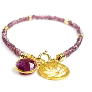 January Birthstone Rhodolite Garnet Garnet Jewellery Dainty Garnet Bracelet gold Gemstone Jewelry Pink Garnet 14k gold fill her gift
