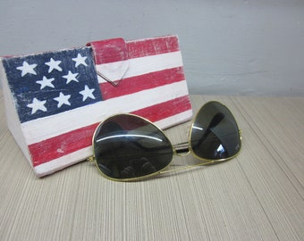 0779c02c040da Sunglasses case hard US Flag gift Stars and Stripes Patriotic Eyeglass Case  Hard case glasses Eyeglass Case USA Red White and Blue