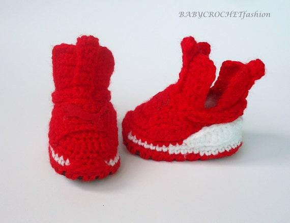 Articoli simili a Pattini di bambino, Babucce, feroce scarpe