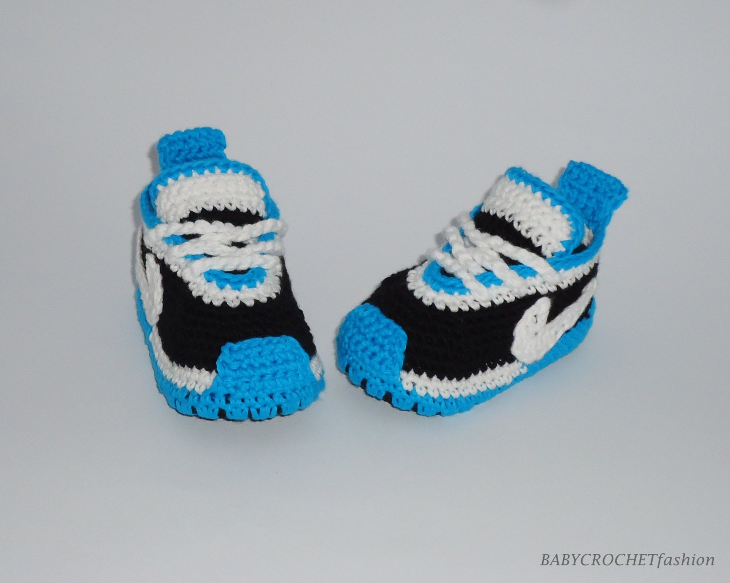 best service 2305a 56a66 Baby Crochet Shoes, Newborn Baby Shoes, Blue Slippers, Boy Sneakers, Nike  Tennis Shoes, Baby Gift, Toddler Babies, Nike Crochet Shoes