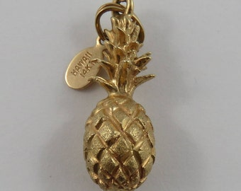Pineapple With Hawaii Tag 14K Gold Vintage Charm For Bracelet