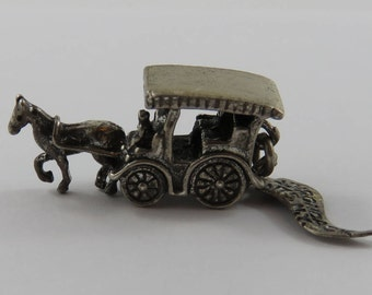 Horse-Drawn Carriage With Adirondack Mts N.Y. Tag Sterling Silver Vintage Charm For Bracelet