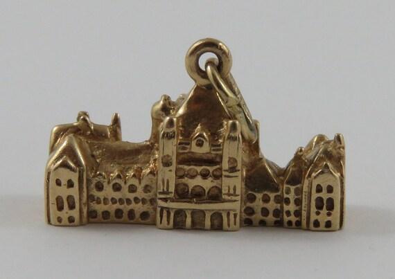 10k Gold Toronto City Hall Charm