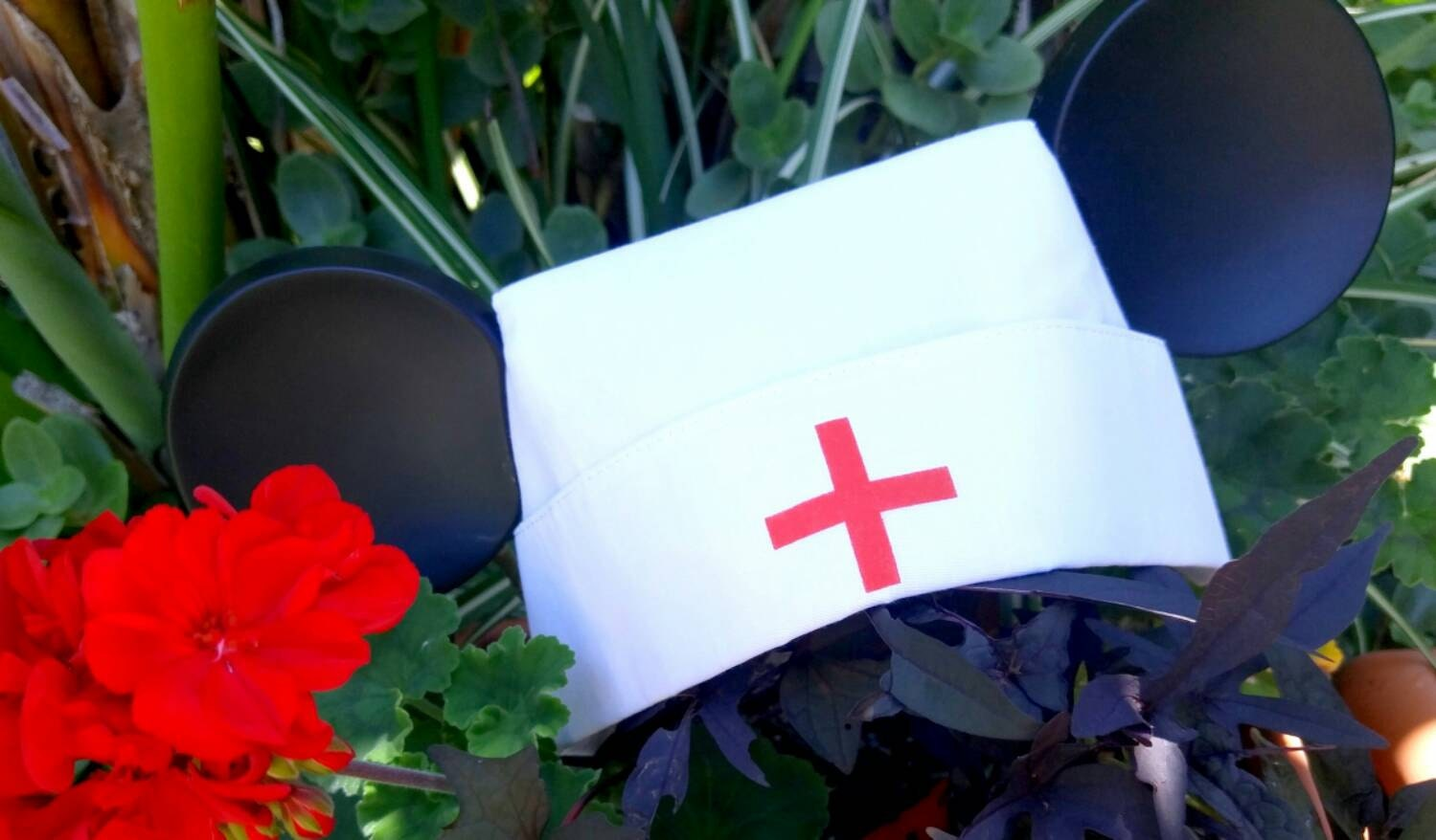 382634dcadf Nurse hat. Mickey ears nurse Hat. Vintage original Disneyland Hat ...