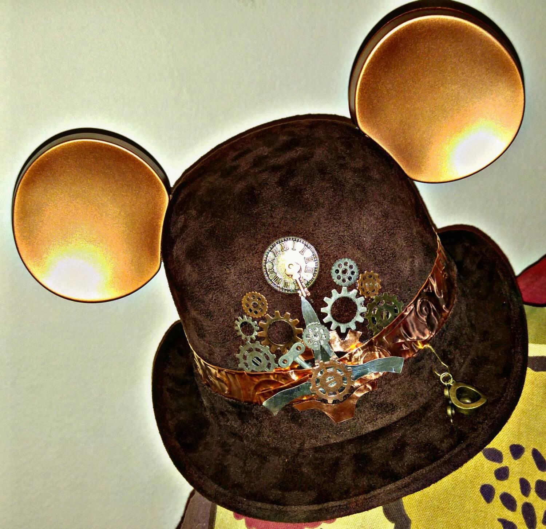8af9925e80fb2 Steampunk disney. Starwars disney. Steampunk. Derby Mickey Mouse ...