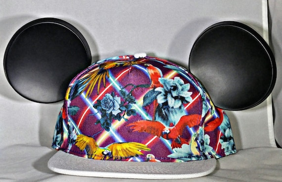 Mickey Snap Back. Parrots. Lasers. Disney Cap.