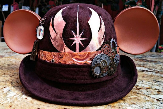 Adult Steampunk disney. Jedi disney. Steampunk. Derby Mickey Mouse Hat. Original Disneyland Hat. Mickey Mouse Ears. Custom Disney Hat.