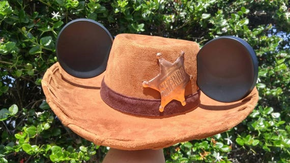 Custom Listing  for Kelly=Woody Hat + Extra Badge & Buckle