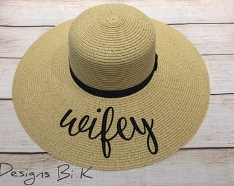 Embroidered floppy hat  662da2639a0