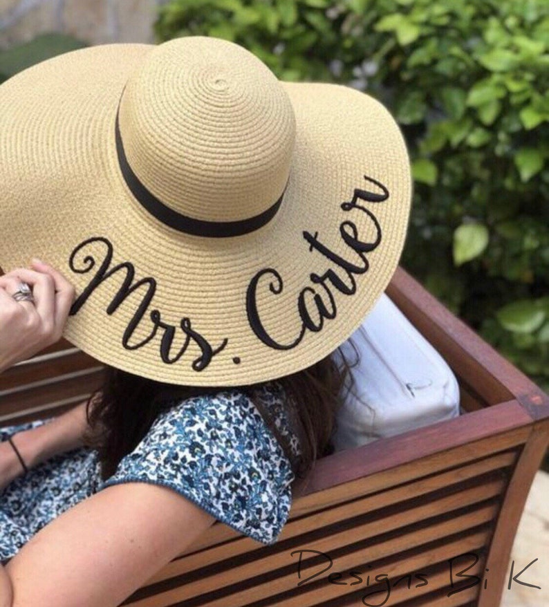 Honeymoon Beach Hat ~ Mrs Beach Hat ~ Bridal Sun Hat ~ Personalized Bridesmaid Hats ~ 7 color options ~ large name Mrs