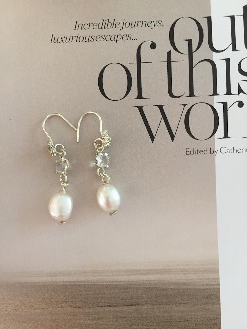 Elegant Blue Topaz /& White Freshwater Baroque Pearl Dangle Drop Silver Earrings