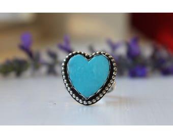 Medium Sweet Heart ring