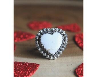 White Sweet Heart ring