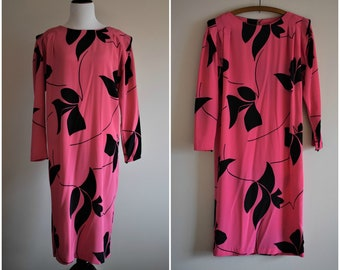 1980's Vintage Pink and Black Floral Shift Dress | Size Large/XL