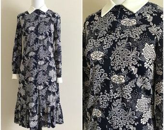 1960's Navy Blue and White Floral Butterfly Shirtwaist Dress | Women's Size 6 or 8 Small/Medium