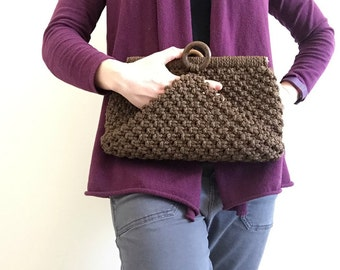 Vintage Brown Crochet Clutch / Boho Casual Purse