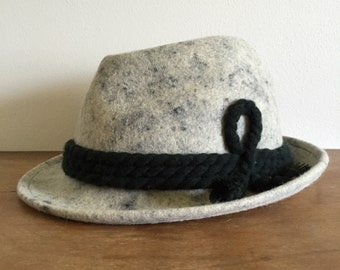 Black and White Vintage Felt Fedora Hat with Braided Yarn Accent / Cookies 'n Cream / Men's Size 7 1/4, 58, Large