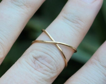 Criss Cross Wrap Gold Wire Knuckle Ring