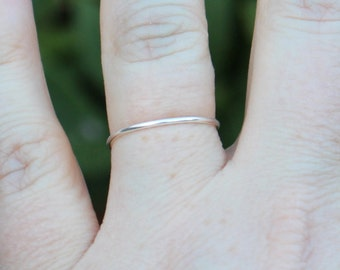 Single Band Silver Wire Ring
