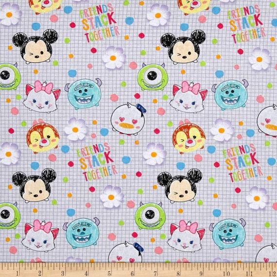 Disney Tsum Tsum I Love My Friends White 100/% cotton Fabric by the yard