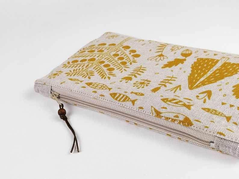 Zippered bag waterproof lining beige zipper clutch essential image 0