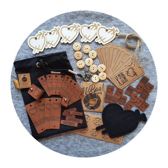 Creative gift set for knitters. Gift for knitter. Knitting gift. 3 sizes gift box. Gift for her. PU leather tags. Perfect gift for crafter.
