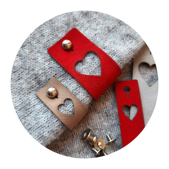 10x ROYAL VELVET tags with rivet. Christmas edition. Heart. Tags for crocheting knitting sewing. Labels for handmade. Handmade DIY