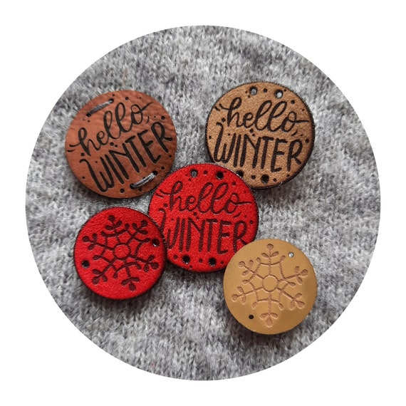"""10x PU leather tags """"Hello WINTER"""" and """"Snowflake"""". 8 colors. Knitting tags. Crochet tags. Tags for handmade. Blanket tags. Round tags."""