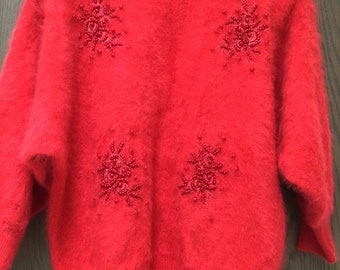 Carducci red angora sweater beaded appliqué batwing sleeves mint, sz M