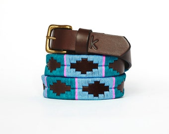 Argentinian leather polo belts - TURQUOISE PINK BLUE - Embroidered manually - Natural tanning - Woman model - Kamyno