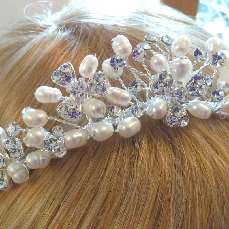 Romantic Style Tiara Silver Tiara Pearl /& Crystal Tiara Bridal Hair Jewelry Vintage style Wedding Tiara Pearl Bridal Tiara